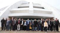 BEDEN EĞİTİMİ - Rektör Prof. Dr. Gür Engelli Öğrencilerle Bir Araya Geldi
