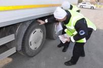 KIŞ LASTİĞİ - Sivas'ta Sürücülere Kış Lastiği Uyarısı