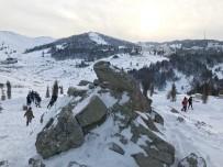 GÜNEŞLI - Uludağ'da Kar Kalınlığı 50 Santimetreye Ulaştı