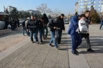 PARMAK İZİ - Aksaray'da 11 Kişilik Hırsızlık Çetesi Çökertildi