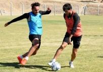 DEĞIRMENDERE - Aliağa FK Pamukkale Deplasmanında Puan Peşinde