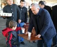 KURBAN BAYRAMı - Başkan Tollu'dan, Pazarcı Esnafına 'Çorba' İkramı