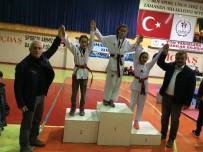 TRAKYA - Çanakkaleli Taekwondocular Parmak Isırttı