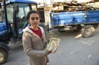 YUNUSEMRE - Evi Yanan Aileye Yunusemre Belediyesi Sahip Çıktı