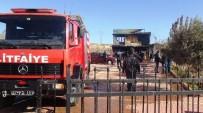 YANGINA MÜDAHALE - Gaziantep'te Şantiyede Çıkan Yangın Büyümeden Söndürüldü