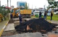 ESENTEPE - Körfez Belediyesi, Bozulan Yollara Asfalt Yama Çalışması Yapıyor