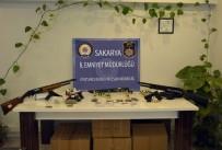 KARAKÖY - Sakarya'da 200 Polisle Şafak Vakti Operasyon