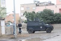 ÇATIŞMA - Hücre evine baskın: 2 terörist öldürüldü, 5 polis yaralı
