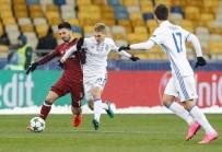 GÖKHAN GÖNÜL - UEFA Şampiyonlar Ligi