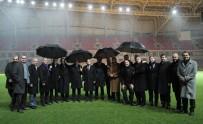 AMATÖR - Bakan Kılıç Ve Demirören, Yeni Stadyumu İnceledi