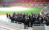YILDIRIM DEMİRÖREN - Bakan Kılıç Ve TFF Başkanı Demirören, Samsunspor'un Yeni Stadyumunu İnceledi