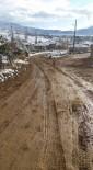BOZGÜNEY - Çamurlu Yollar Meclis Üyesini Çileden Çıkardı