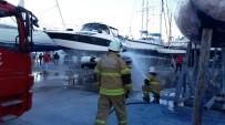YANGIN TATBİKATI - Çeşme Marina'da Gerçeğini Aratmayan Yangın Tatbikatı