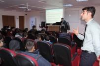 Gençlere 'İletişim Ve Empati' Semineri Verildi