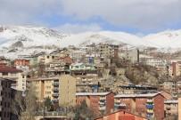 BELEDİYE BAŞKANLIĞI - Hakkari Belediyesi Bina Sahiplerini Uyardı
