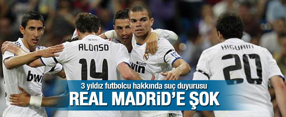 Üç yıldız futbolcu hakkında suç duyurusu!