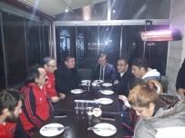 TÜRKİYE - Kaymakam Çağlar, Oturarak Voleybol Takımı İle Yemekte Buluştu