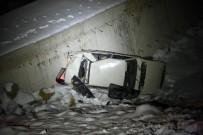 ÖĞRENCİ YURTLARI - Otomobiliyle 20 Metreden Uçuruma Düştü, Ekipler Her Yerde Sürücüyü Aradı