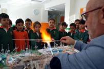 SEMAZEN - Salihli'de Öğrenciler Cam Sanatı İle Tanıştı