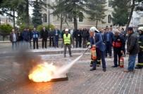 İŞ GÜVENLİĞİ UZMANI - Taşköprü'de İtfaiye Ekipleri Tatbikat Yaptı