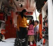 ÇAĞRI MERKEZİ - 'Ambulansa Yol Ver, Hayata Yol Ver' Kampanyası Devam Ediyor