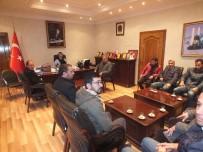 KAYYUM - Belediye Başkan Vekili Kırlı, Galericilerle Bir Araya Geldi