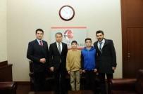 HATIRA FOTOĞRAFI - Eskişehir Valisi Azmi Çelik'ten 'Teorem Matematik Dergisi' Ekibine Takdir