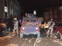 ÖZEL HAREKET - İstanbul'da Zehir Tacirlerine Şafak Operasyonu