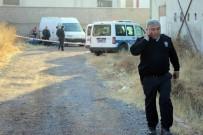 CINAYET - Kayseri'de Alacak Verecek Kavgası Kanlı Bitti Açıklaması 1 Ölü