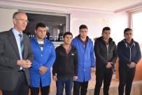 OSMAN YıLMAZ - Yozgat 10. Uluslar Arası Robot Yarışması'nda Türkiye 2.'Si Oldu