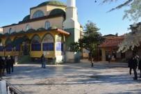 ÇAY OCAĞI - 42 Evler Merkez Camii'ne Çevre Düzenlemesi Yapıldı