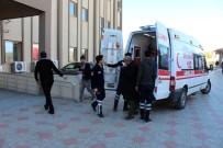 YOLCU TAŞIMACILIĞI - Adıyaman'da Minibüs Kooperatif Üyeleri Arasında Kavga Açıklaması 9 Yaralı