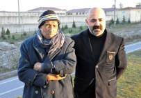 FİGEN YÜKSEKDAĞ - Babası Ve Abisi Figen Yüksekdağ'ı Ziyaret Etti
