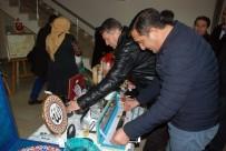 NECMETTİN ERBAKAN - Belediye Başkanı Makamına Gelen Hediyeleri Suriyeliler İçin Açık Artırma İle Sattı