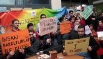 DÜNYA ENGELLILER GÜNÜ - Çengel Kafeli Gençler 'Biz Hep Rengarenk' Dedi