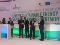 BAŞARI ÖDÜLÜ - Çöpgaz Elektrik Üretim Tesisi Üstün Başarı Ödülü Aldı