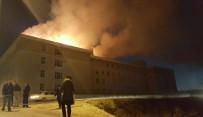 GÜMRÜK VE TİCARET BAKANI - Edirne'de İmam Hatip Lisesinde Çıkan Yangın Korkuttu
