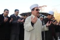 GIYABİ CENAZE NAMAZI - Eller Semaya Halep İçin Açıldı