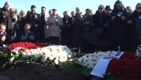 İÇİŞLERİ BAKANI - Eski TBMM Başkanı Sezgin Son Yolculuğuna Uğurlandı