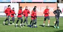 METİN OKTAY - Galatasaray, Gaziantepspor Maçı Hazırlıklarını Sürdürdü
