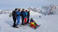 AÇILIŞ TÖRENİ - Hakkari'de Kayak Sezonu Başlıyor