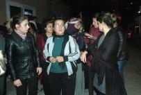 KADIN CİNAYETLERİ - Kadın Platformu Üyeleri Songül Ve Şehriban Cinayetlerini Protesto Etti