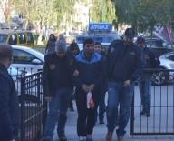GÖÇMEN KAÇAKÇILIĞI - Kuşadası'nda Yakalanan 2'Si Kadın 6 YPG'li Terörist Tutuklandı