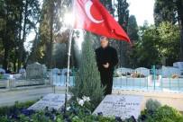 GÜVENLİK ÖNLEMİ - Cumhurbaşkanı Erdoğan anne ve babasının kabrini ziyaret etti
