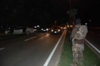 ŞANLIURFA - Şanlıurfa'da Yüzlerce Polis 9 Noktada Huzur Türkiye Operasyonu Düzenledi