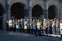 MEZHEPÇİLİK - Ulucami'de Halep İçin Hutbe Okundu