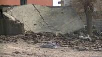 PKK'lı Teröristlerin Yola Döşediği Bombalar İmha Edildi