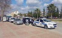 Plakasız Motosikletle Yakalanan Şahıs, Uyuşturucu Ticaretinden Tutuklandı