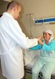 Felçli Geldiği Hastaneden Yürüyerek Çıktı