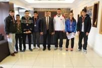RAMAZAN GÜL - Niğde Belediye Başkanı Şampiyon Gençleri Ağırladı